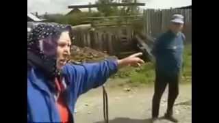 Прикольные старики  Спорят из за говна