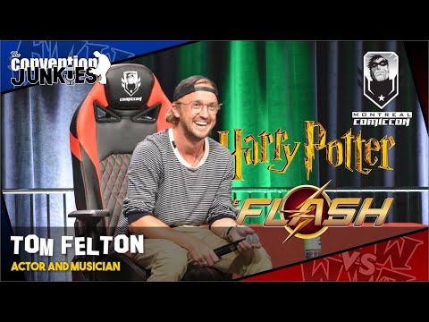 tom-felton-(the-flash,-harry-potter's-draco-malfoy)-montreal-comiccon-2019-q&a-panel