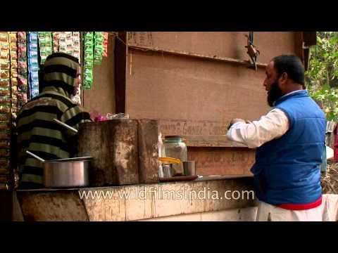 Heading back home: Delhi rag pickers