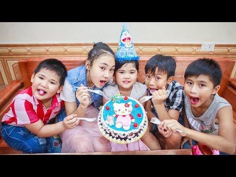 Kids Go To School | Day Birthday Of Chuns Children Make a Birthday Cake Hello Kitty