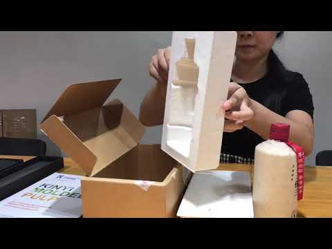 Biodegradable paper pulp wine packaging trays