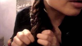 How to Fishtail/ Fishbone Braid & Wavy Hair Thumbnail