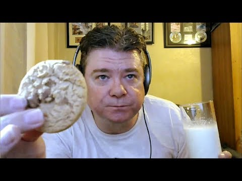 ASMR MUKBANG Eating Chocolate Chip Cookies And Drinking Ice Cold Milk With Rain And Cat Purring