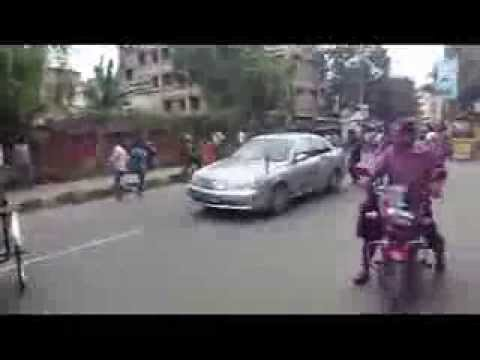 Dhaka Polytechnic institute students Strike on Road for their 2-point charter of demands