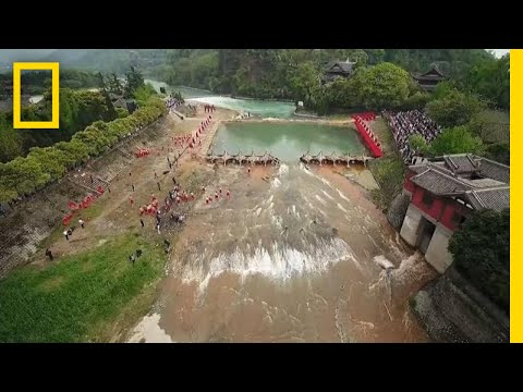 See an Ancient Wonder of China that Transforms a River | National Geographic