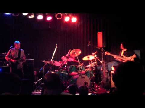 Allan Holdsworth - Proto Cosmos (Live)