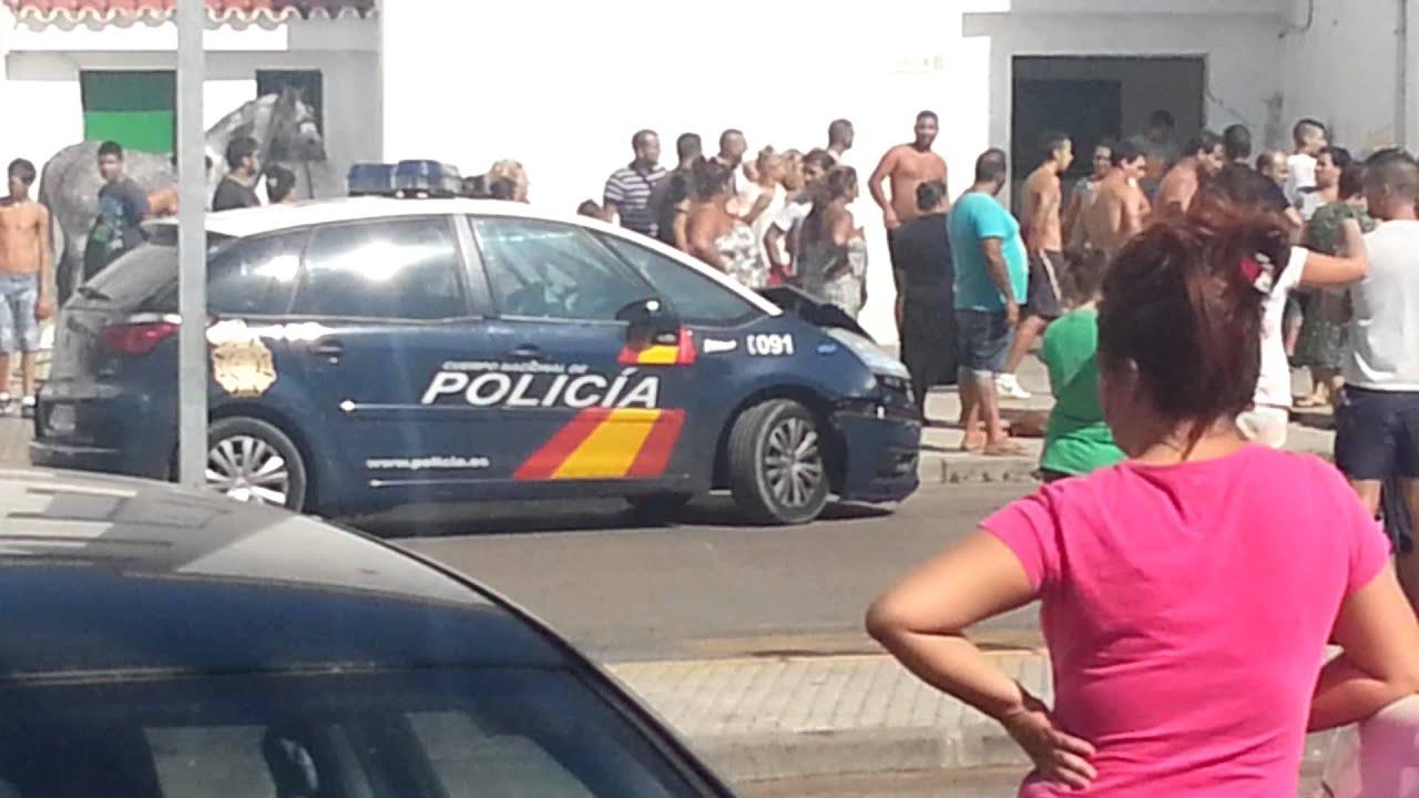 Persecuci n policial en el saladillo algeciras youtube - Policia nacional algeciras ...