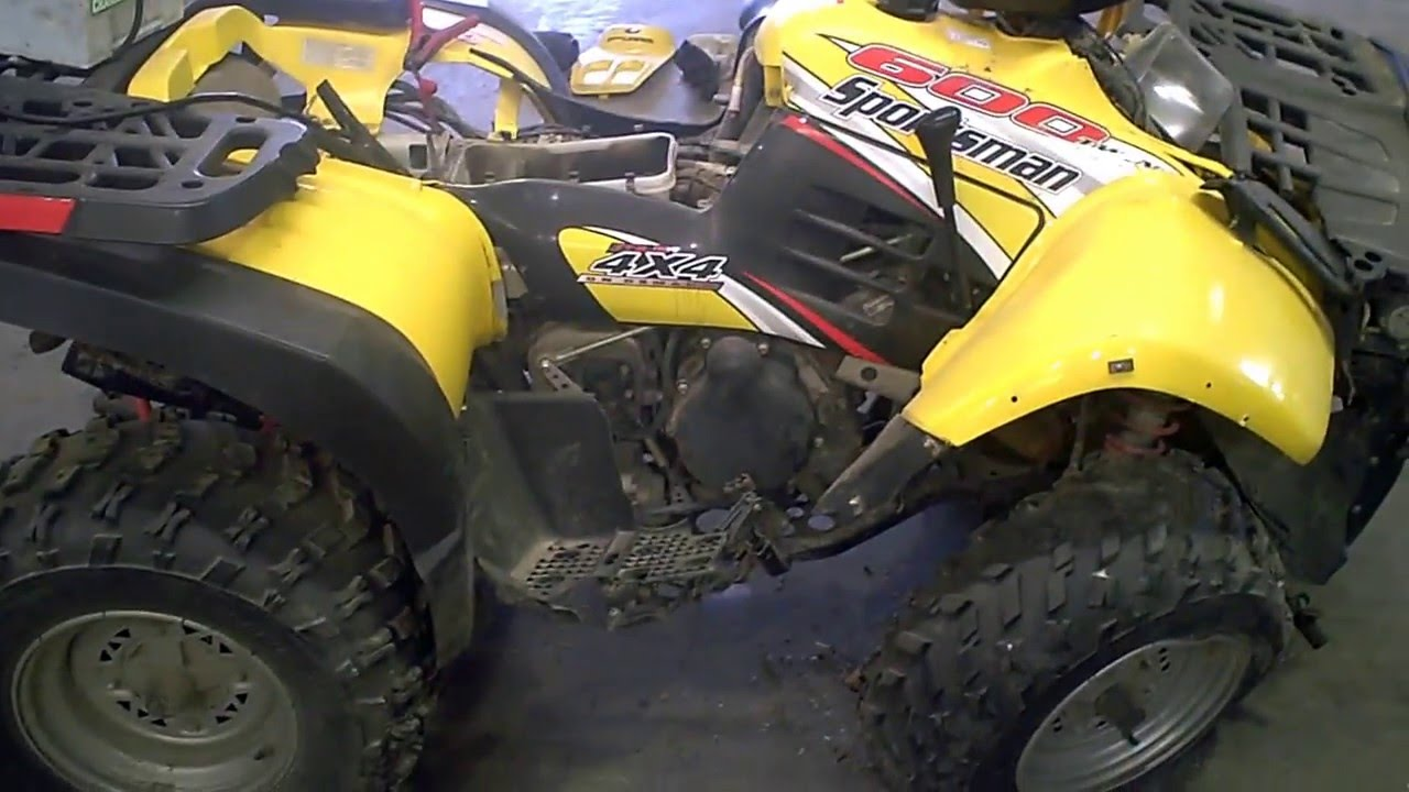 LOT 2345A 2004 Polaris Sportsman 600 4X4 Twin Tear Down