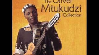 Oliver mtukudzi - Ndima Ndapedza