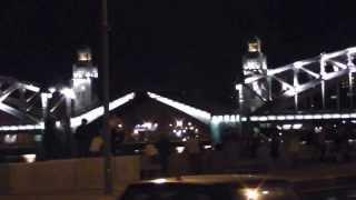 Развод Большеохтинского моста