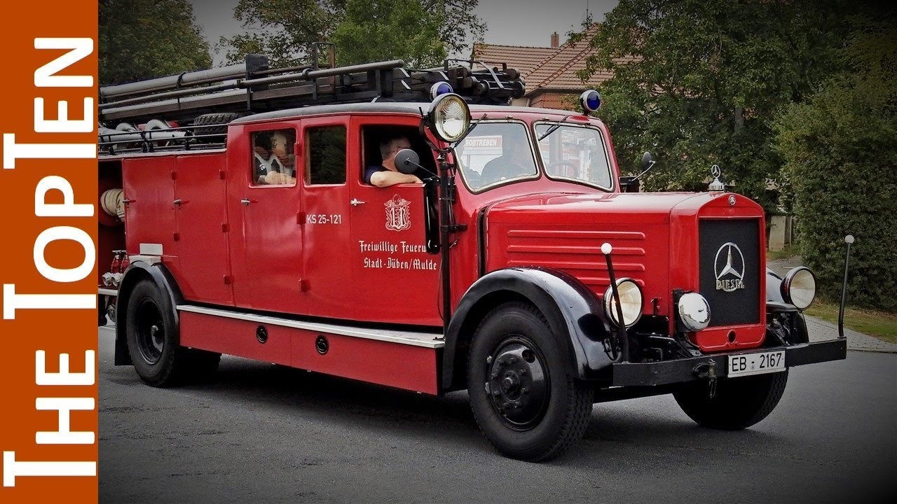 the top ten coolest old fire trucks youtube. Black Bedroom Furniture Sets. Home Design Ideas