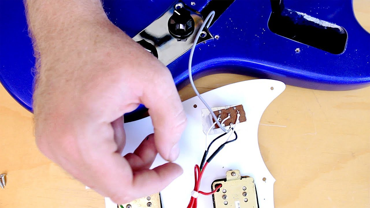can you coil tap a squier bullet mustang a peek under the hood  [ 1280 x 720 Pixel ]