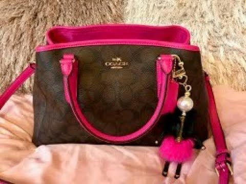 Review   What s in my Coach Small Signature Margot Carryall   Matching  Wallet 52c42e70028a2