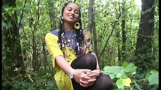 "Ethiopian Oromo Music By Hanisha Solomon "" Ayyoo"" (Mother)"