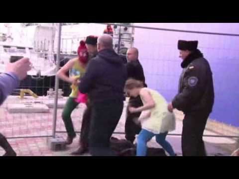 Pussy Riot Defies Russian Security in Sochi
