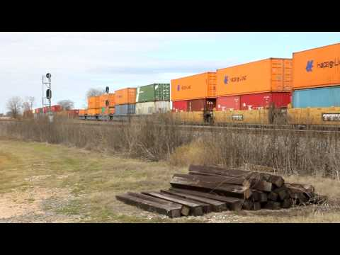 Hapag-Lloyd Containers on UP Train