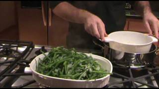 Easy And Tasty Green Beans With Onions, Garlic And Slivered Almonds!!