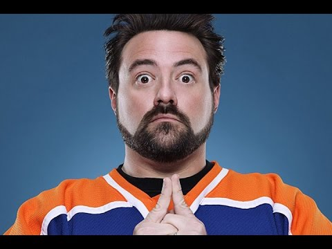 Kevin Smith Tours the BIGGEST Comic Book Store in the World