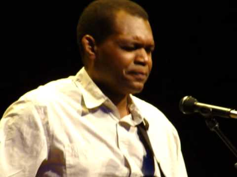 robert-cray-i-cant-fail-mountain-stage-on-the-road-in-bristol-tn-clearlycleary