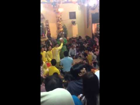 Chú Hoài Linh hầu đồng mừng năm mới Ất Mùi ở đền Sòng Sơn