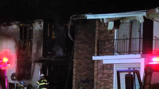 Emergency crews respond to Columbia apartment fire