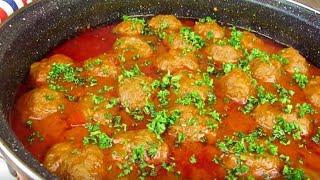 Тефтели с рисом и говяжьим фаршем под соусом из овощей/ПАЛЬЧИКИ ОБЛИЖЕШЬ