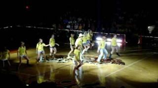 Intermission Dance: Pop it, Lock it