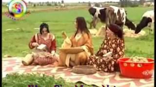 Repeat youtube video Nassira Girl Dans Arab  - Part 01 -  Marocanins Clips Chaabi Amazighe ( Www.SizarMusic.Net )