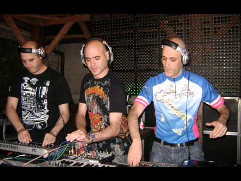 Flash Brothers - (Live On Future Grooves Line 03-06-2005 Part 2 Of 2)