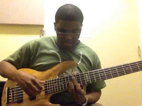 Bass guitar lesson: 4 Basic Chord Shapes - YouTube