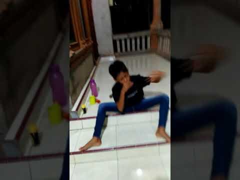 Anak mabuk di kasih lagu langsung goyang asiik