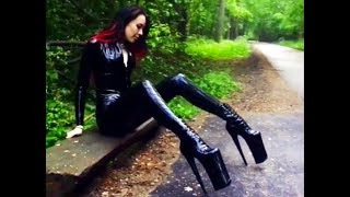 ♛ Girl in latex and high heels