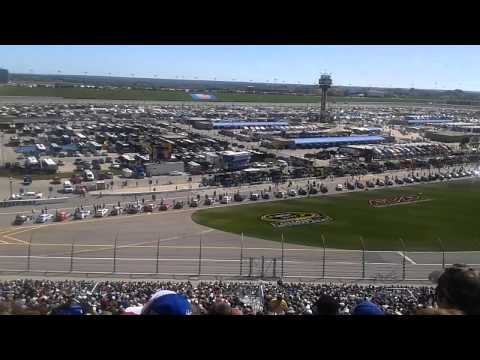 KC Royals' Ned Yost giving the command at Kansas Speedway