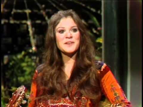 Melanie Safka-Tonight Show 1972 Together Alone & Interview