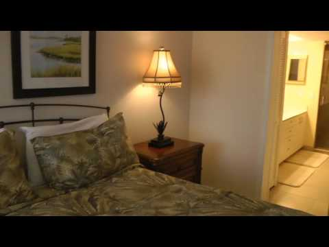 Vanderbilt Beach Vacation Rentals in Luxury Condo