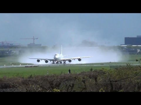 Beautiful action of VIP Qatar Amiri Flight Boeing 748 A7-HHE at Hamburg Airport