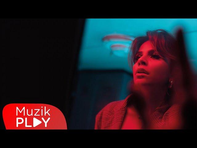 Melis Kar - Kadın (Official Video)