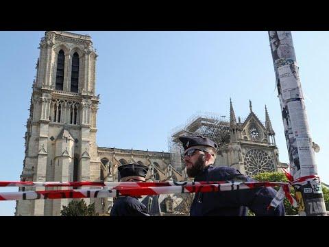 euronews (en español): Las inmediaciones de Notre-Dame, abiertas nuevamente al público