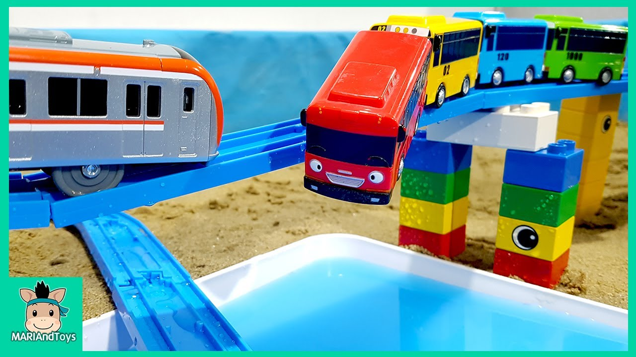 Dump Truck Transport Assembling the train tracks on the pool Toys for Kids | Excavator Car Videos