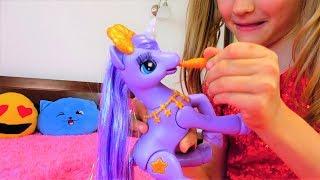 Una colección de videos sobre juguetes nuevos de Super Polina.