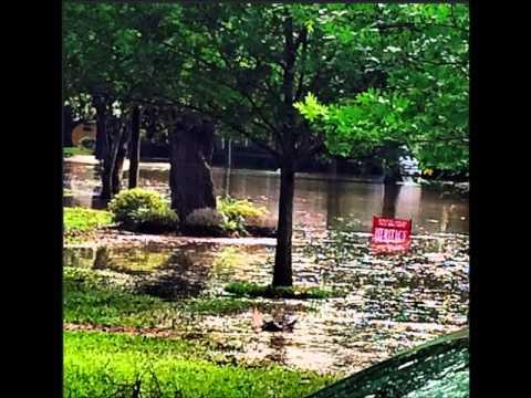 BREAKING NEWS:  EXCLUSIVE HOUSTON TEXAS FLOOD (PHOTOS)