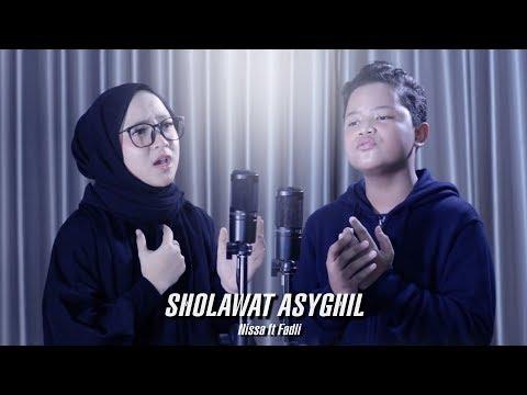 Nissa Sabyan - Sholawat Asyghil Nissa Ft Fadli Habibi Cover By Sabyan