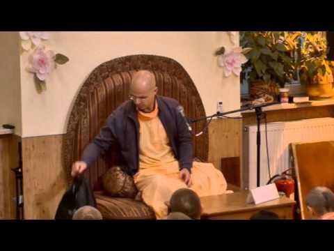 Шримад Бхагаватам 9.10.16 - Враджарену прабху