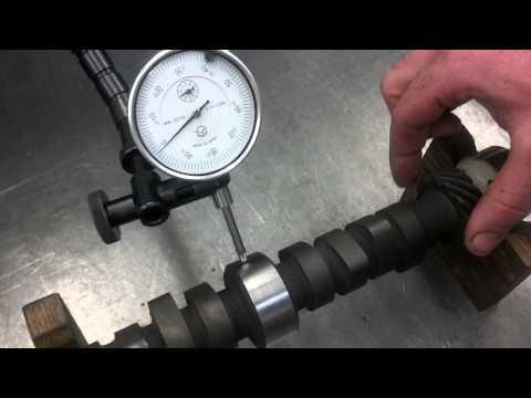 Measuring a camshaft