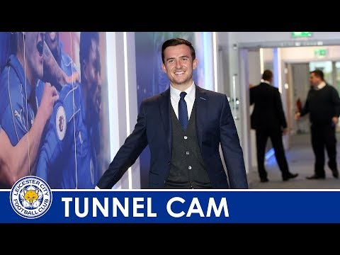 Tunnel Cam | Leicester City vs Leeds United | 2017/2018