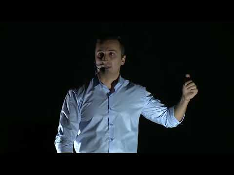 A solution for traffic accidents | Mohammed Hikmat | TEDxDuhok