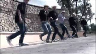Gambar cover Soy Un Simple Mortal (El Rey Del Tribal) Video Oficial