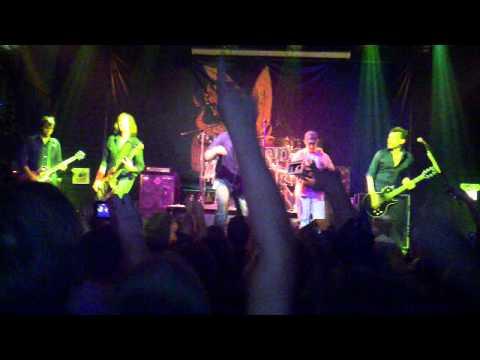 Revis live 2010
