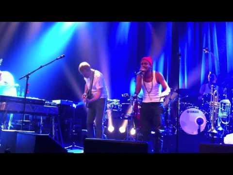 Timbuktu & Damn! /s. Felix Zenger - Live 2011-12-10 @ Idun, Umeå