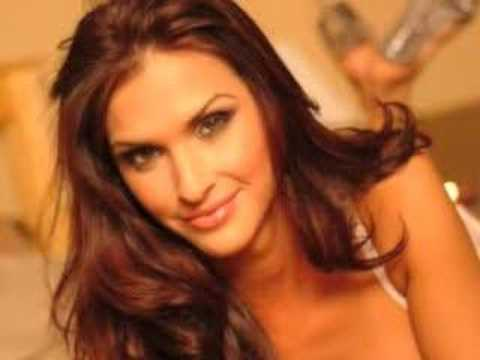 "Vote for Michelle Moya ""Top 25 Hooters Girls of Al..."